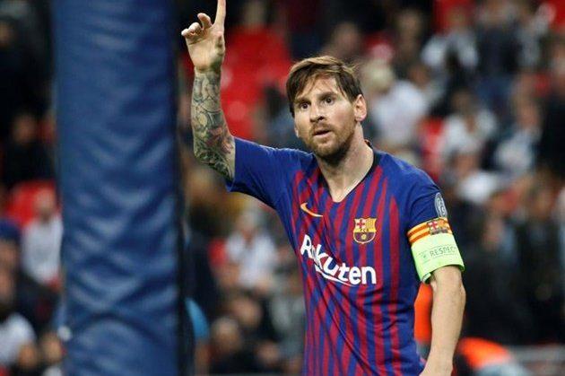 Messi chính thức trở lại