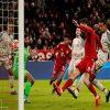 Liverpool bùng nổ cùng cú đánh đầu