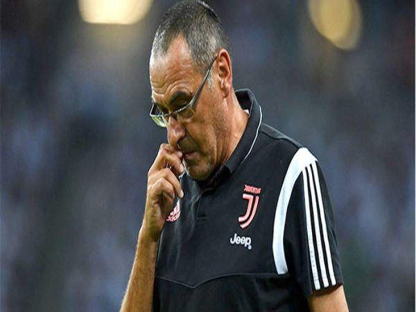 Sarri vẫn sẽ tại vị dù Juventus bị Lyon loại khỏi C1